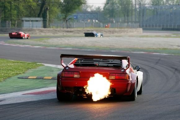 BMW-M1-track