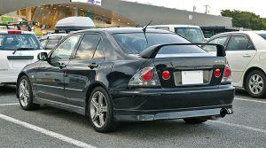 800px-Toyota_Altezza_001