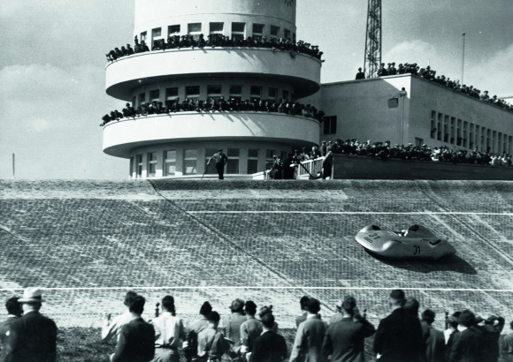 1937_Auto_Union_Type_C_Streamline_Rosenmeyer