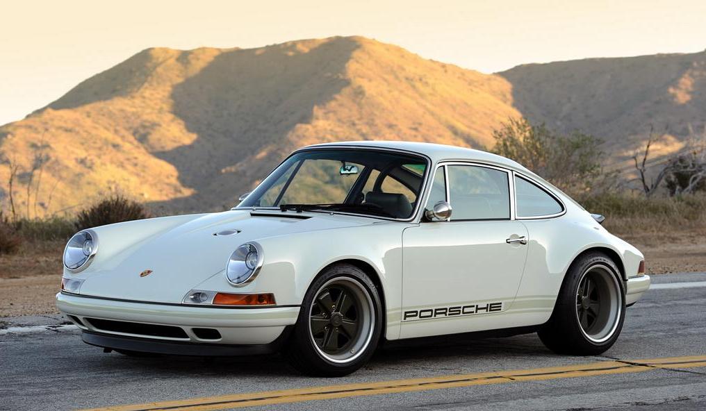 Singer Porsche 911 Iedei