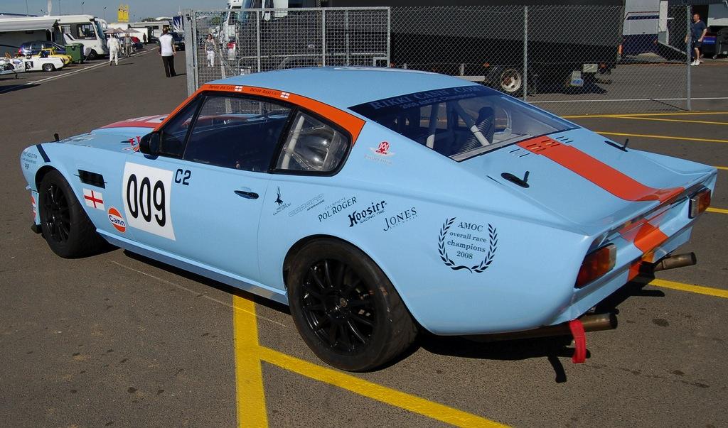 Aston Martin Iedei