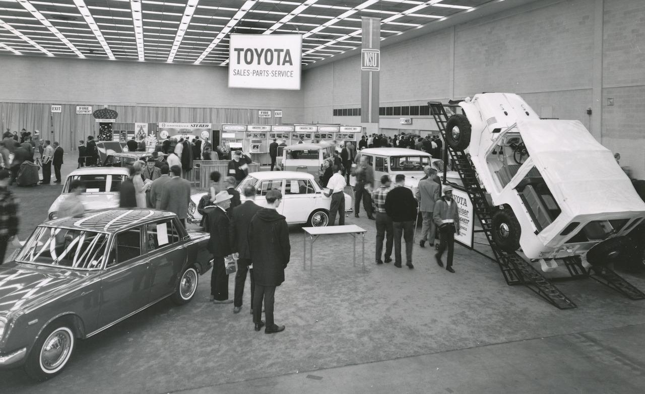 detroit auto show  vintage photo archives