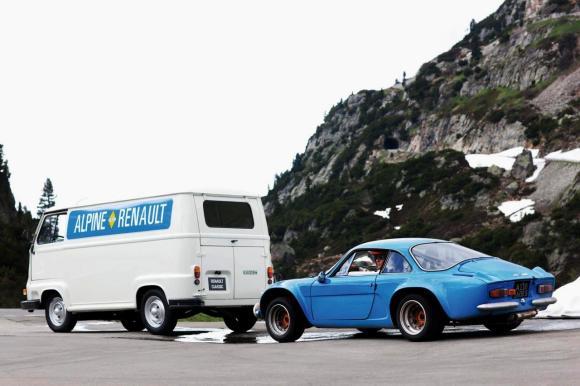 alpine-a110-service-van