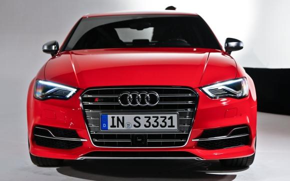 2015-Audi-A3-Sedan-front-grille