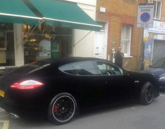 velvet-covered-porsche-panamera