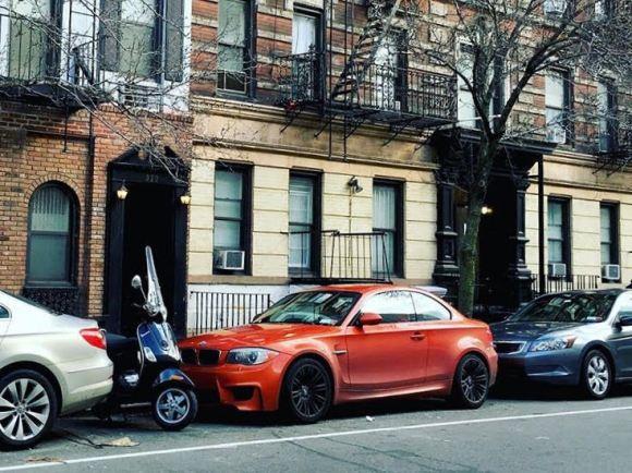 bmw-1M-NYC-iedei-street-parked